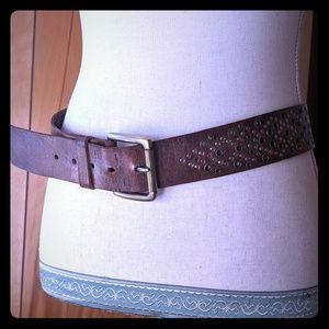 Calvin Klein S bronze real leather belt w grommets